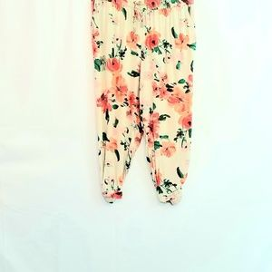 Style&Co Floral Cropped Pants